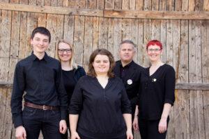 v.l.n.r.: Patrick S, Carolin Reisdorf, Vanessa Reber, Gerold Wiesler, Sonja Roth